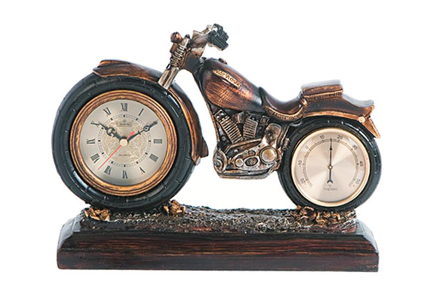 Часы настольные Lisheng Мотоцикл, с термометром, 30 см х 10 см х 22 смLI-976M-ALОригинальные настольные часы с термометром Lisheng Мотоцикл - это не только функциональное устройство, но и изысканный элемент декора, который впишется в любой интерьер. Часы выполнены из полистоуна бронзового цвета в виде мотоцикла на подставке. Часы имеют три стрелки - часовую, минутную и секундную. Благодаря стильному исполнению и практичности эти часы станут красивым и полезным подарком. Материал: полистоун, стекло. Размер часов: 30 см х 10 см х 22 см. Диаметр циферблата часов: 7,5 см. Диаметр циферблата термометра: 6,5 см.