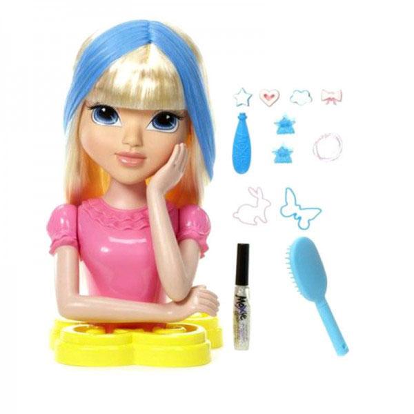 Игровой набор Moxie Волшебные волосы: Торс Эйвери530985Игровой набор Moxie Волшебные волосы: Торс  позволит вашей моднице овладеть навыками стилиста и стать одним из лучших знатоков всех секретов красоты. Смелые фантазии и модные аксессуары, входящие в комплект, позволят создавать оригинальные и неповторимые образы! Набор содержит все необходимое: торс куклы Эйвери, 4 штампа для волос, аппликатор для штампов, тюбик с блестками, 2 заколки, 2 фигурные резинки, 5 резинок для волос и расческу. У белокурой красавицы Эйвери теперь есть потрясающие волосы, которые меняют цвет! Намочите их холодной водой с помощью штампов - и цвет изменится. Чтобы вернуть первоначальный цвет, достаточно подождать, пока волосы высохнут, или согреть их теплом своих рук. Благодаря этому набору малышка сможет почувствовать себя настоящим модным стилистом - волосы куклы можно заплетать, укладывать и украшать при помощи входящих в набор аксессуаров, которые подойдут и самой девочке! Нанесите на волосы блестки, заплетите множество косичек, украсьте...