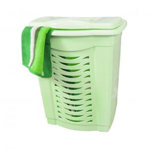 Корзина для белья Альтернатива, цвет: светло-зеленый, 60 лМ1362Легкая и удобная корзина Альтернатива прямоугольной формы изготовлена из пластика. Она отлично подойдет для хранения белья перед стиркой. Стенки корзины декорированы перфорацией, что создаст идеальные условия для естественной вентиляции. Корзина оснащена крышкой. Такая корзина для белья прекрасно впишется в интерьер ванной комнаты.