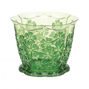 Горшок для орхидей Камелия с подставкой, цвет: зеленый, 1,5 лМ2210Горшок для цветов Камелия представляет собой пластиковую емкость и подставку, декорированную цветочным орнаментом. Горшок прозрачный, что позволяет посадить туда орхидеи. Горшок имеет стильный дизайн, поэтому прекрасно впишется в любой интерьер. Диаметр по верхнему краю: 16 см. Объем горшка: 1,5 л.
