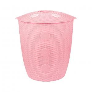 Корзина для белья Плетенка, цвет: розовый, 45 лМ2247Корзина для белья Плетенка изготовлена из прочного пластика. Корзина устойчива к перепадам температур и влажности, поэтому идеально подходит для ванной комнаты. Изделие оснащено двумя боковыми ручками и крышкой. Можно использовать для хранения белья, детских игрушек, домашней обуви и прочих бытовых вещей. Элегантный дизайн подойдет к интерьеру любой ванной.