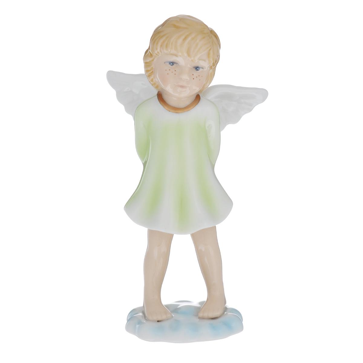 Статуэтка Navel Ангел на облаке в зеленом, высота 13 смN-PB0967/B-ALОчаровательная статуэтка Ангел на облаке, выполненная из фарфора, станет оригинальным подарком для всех любителей стильных вещей. Изысканный сувенир станет прекрасным дополнением к интерьеру. Вы можете поставить статуэтку в любом месте, где она будет удачно смотреться, и радовать глаз.