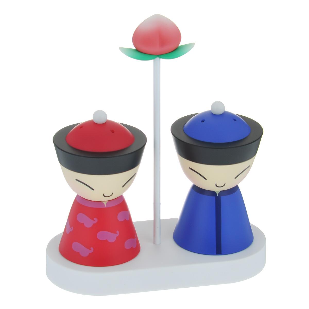 Набор для соли и перца Alessi Mr. & Mrs. Chin, цвет: синий, розовый, 3 предмета012.070600.002Набор для соли и перца Alessi Mr. & Mrs. Chin состоит из двух емкостей и подставки. Изделия выполнены из высокопрочного пластика. С помощью магнитов емкости плотно удерживаются на подставке, даже в перевернутом виде. Для того чтобы наполнить емкость, просто поверните крышку против часовой стрелки. Набор, выполненный в восточном стиле, стильно оформит интерьер кухни и порадует качеством исполнения. Не рекомендуется мыть в посудомоечной машине.