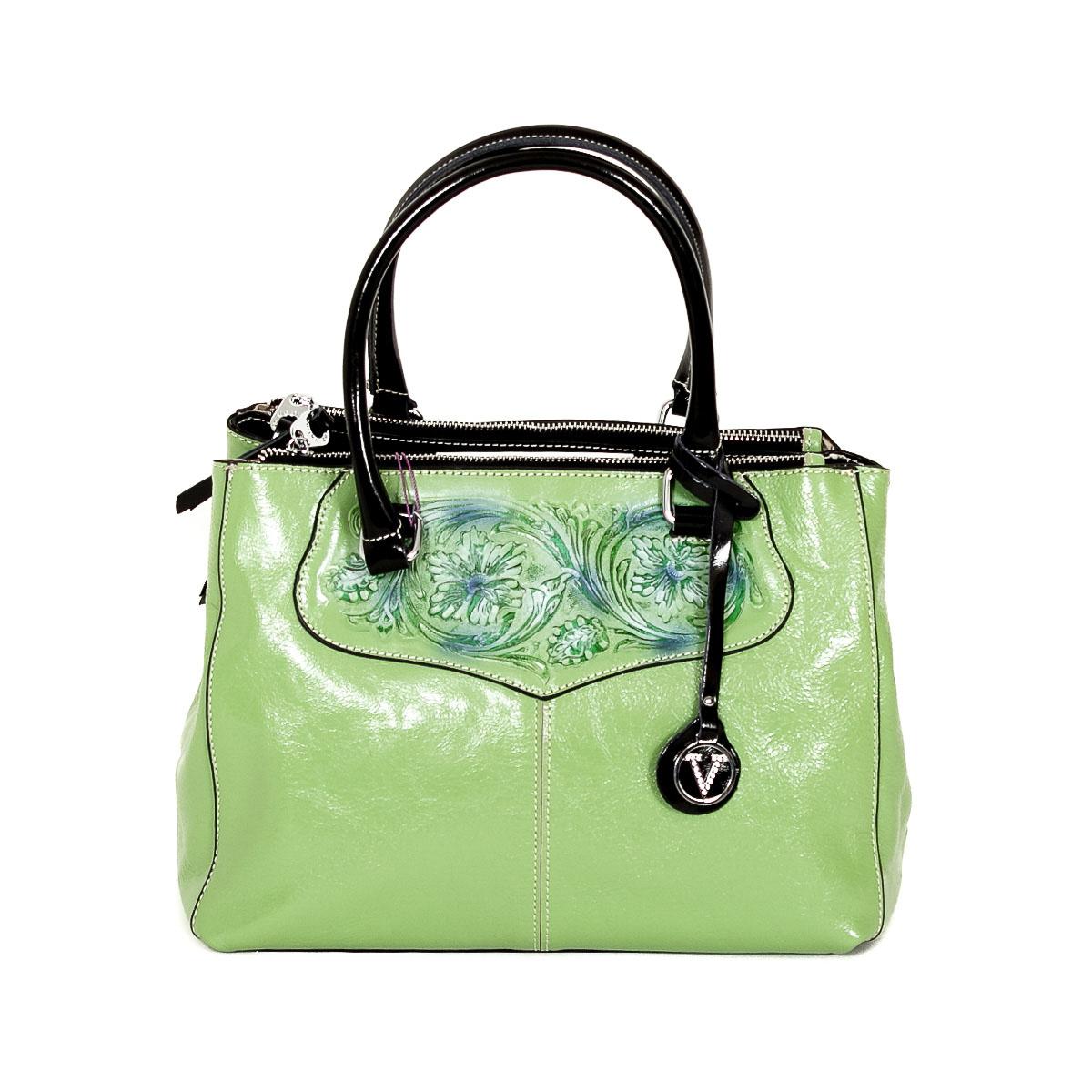 Сумка женская Velina Fabbiano, цвет: зеленый. 523353-YB523353-YB greenСтильная женская сумка Velina Fabbiano изготовлена из натуральной кожи, оформлена прострочками, оригинальным брелоком и рисунком на лицевой стороне. Сумка состоит из трех вместительных отделений на застежках-молниях. Среднее отделение разделено средником на застежке-молнии, также есть два накладных кармана для мелочей, телефона и втачной карман на застежке-молнии. На задней стороне - втачной карман на застежке-молнии. В комплекте чехол для хранения и съемный плечевой ремень регулируемой длины. Роскошная сумка внесет элегантные нотки в ваш образ и подчеркнет ваше отменное чувство стиля.