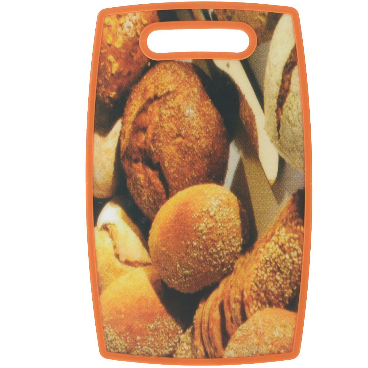 Доска разделочная LaraCook Хлеб, 23 см х 37 смLC-1111Доска разделочная LaraCook Хлеб, изготовленная из устойчивого к истиранию пластика, займет достойное место среди аксессуаров на вашей кухне. С одной стороны доска имеет однотонное пластиковое покрытие, а с другой декорирована изображением хлеба. Доска имеет высокий коэффициент жесткости и прекрасно подойдет для нарезки любых продуктов. Устойчива к деформации и высоким температурам. Можно мыть в посудомоечной машине.