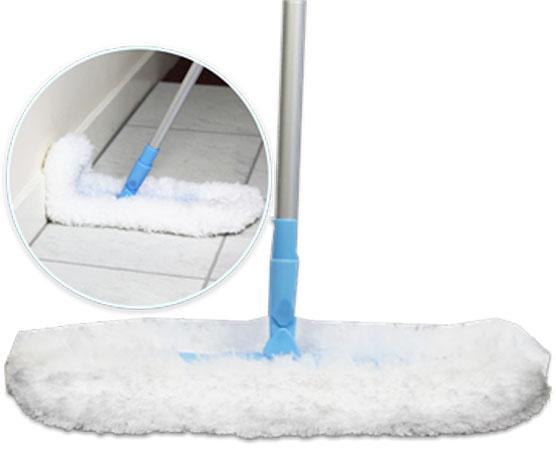 Швабра для сухой уборки E-cloth, с гибкими краями и телескопической ручкой20643Легкая швабра для сухой уборки E-cloth идеальна для удаления пыли, пуха, паутины с потолков, полов и стен. Благодаря специальной конструкции, швабра имеет гибкие края, позволяющие произвести уборку даже в труднодоступных местах. Имеет сменную насадку, изготовленную из 100% полиэстера, которую можно стирать в стиральной машине. Насадка выдерживает до 300 циклов стирки без потери эффективности. Швабра имеет телескопическую ручку, изготовленную из алюминия и пластика. Ручку швабры можно регулировать по длине. Оригинальная, современная, удобная E-cloth сделает уборку эффективнее и приятнее. После стирки изделие может потерять цвет. Первая стирка должна проводиться при температуре 60° С отдельно от тканей другого цвета.