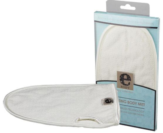 Рукавица для тела E-cloth, цвет: молочный20575Рукавица E-cloth, изготовленная из 88% вискозы и 12% полиэстера, предназначена для деликатного ухода за телом. Мягкая и нежная ткань очищает и отшелушивает кожу в душе или ванной, оставляя ее шелковистой и чистой. Не требует применения специальных скрабов для тела - лишь взбейте пену, используя ваше обычное моющее средство. Технология Micro-brush использует специальную петлеобразную структуру волокна, которая глубоко очищает поры, делая кожу свежей и обновленной. Советы по уходу за изделием: Для достижения максимальной эффективности изделий из микрофибры, рекомендуется регулярно стирать их в стиральной машине. Оптимальная температура водя для стирки 30°C - 60°C. Стирка должна осуществляться с использованием небольшого количества моющего средства. Не используйте отбеливатель и кондиционер для белья. Не сушите изделие в сушильном барабане и не гладьте его утюгом.