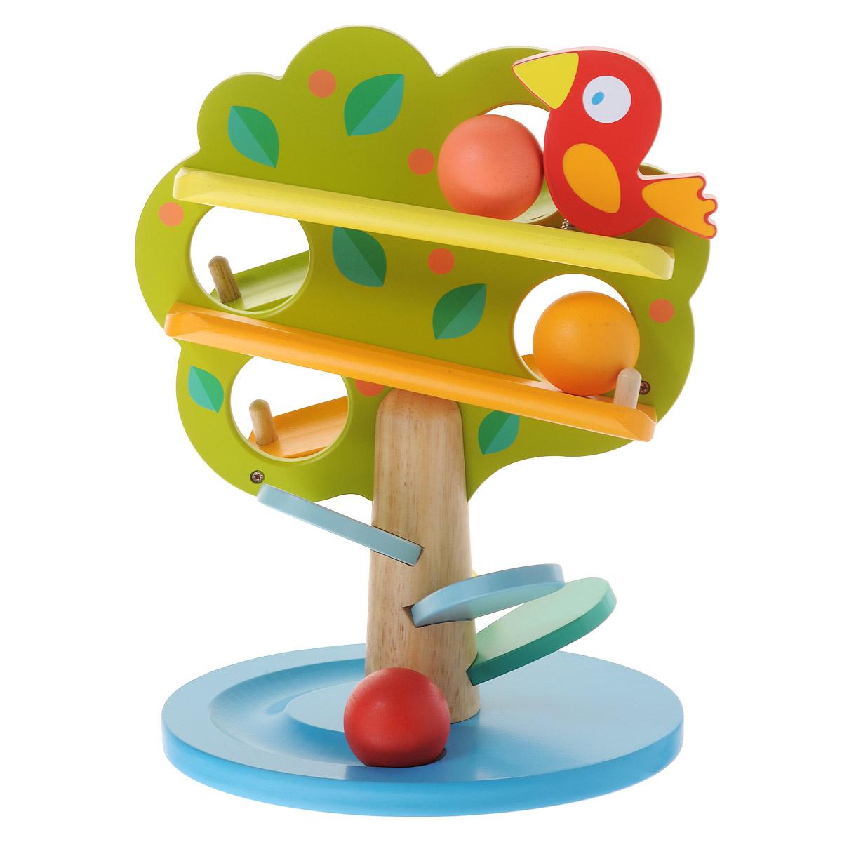 Djeco Деревянная игрушка Кугельбан Дерево06390Игрушка Djeco Кугельбан Дерево выполнена в виде деревца с круглым основанием, на котором расположен цветочек на металлической пружинке. В верхней части игрушки находится забавная птичка также на металлической пружинке. В листве дерева имеются четыре круглых отверстия. В комплект входят четыре шарика разных цветов. Малыш сможет опускать шарики в любое из отверстий и наблюдать, как шарики весело скатываются по спирали в самый низ игрушки, появляясь с разных сторон, и останавливаются в углублении основания. Игрушка и шары выполнены из дерева с использованием нетоксичных красок. Края деревца закруглены, что делает ее безопасной для ребенка. Играя с игрушкой Djeco Кугельбан Дерево, малыш развивает цветовое восприятие, мелкую моторику рук, координацию движений.