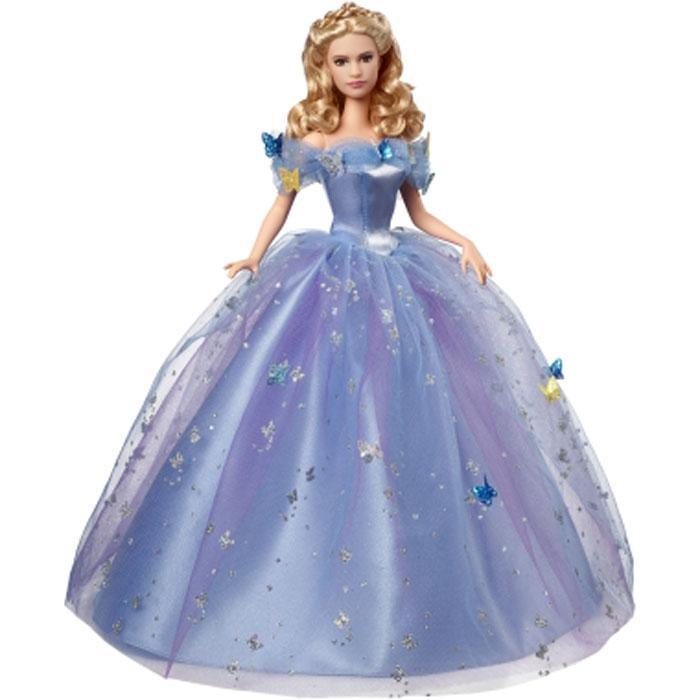 Disney Princess Кукла Золушка на балуCGT56Прекрасная кукла Disney Princess Золушка на балу завораживает и очаровывает своей красотой, она обязательно понравится маленьким любительницам сказок. Кукла выполнена из высококачественного пластика в образе главной героини фильма Золушка. Голова, ножки и ручки подвижные. Добрая и красивая Элла осуществляет свою мечту и вот - королевский бал для Золушки! Принцесса одета в шикарное платье голубого цвета, юбка в несколько слоев создает потрясающий объем. Золушка сверкает с головы до пят, платье украшено роем магических бабочек и блестками. Даже в светлые кудрявые локоны вплетены блестящие нити. Принцесса обута в хрустальные туфельки, которые несут ее к долгой и счастливой жизни. Эта потрясающая кукла приведет в восторг девочек, мам, коллекционеров и любителей кино! Она выполнена очень достоверно и реалистично.