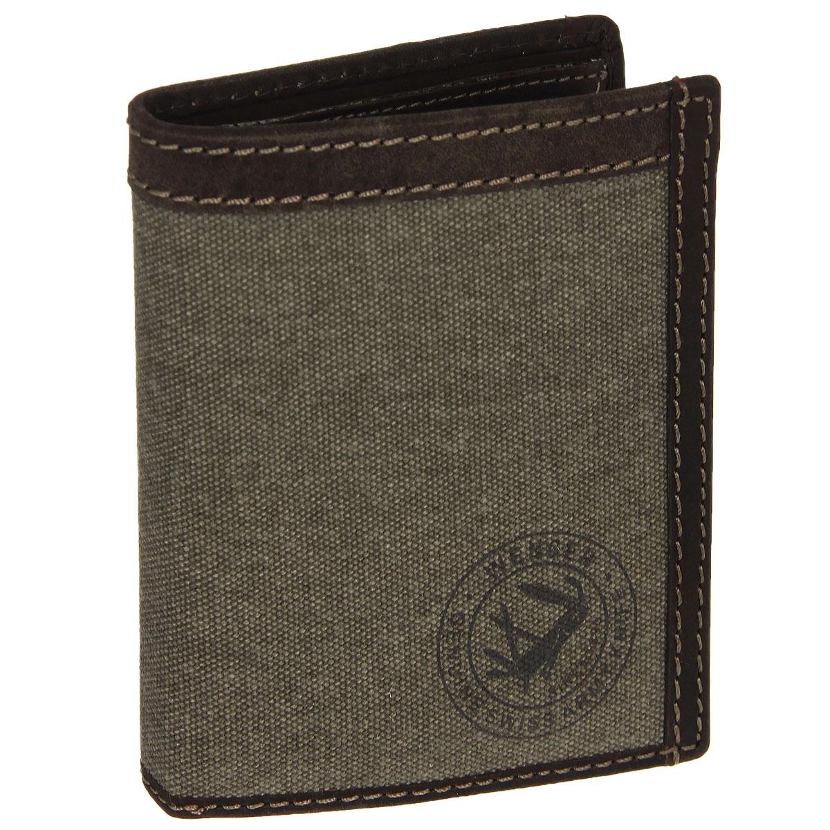 Портмоне мужское Wenger, цвет: коричневый. W19-04W19-04BROWNТрендовое мужское портмоне Wenger изготовлено из натуральной кожи и текстиля и оформлено светлой прострочкой, а также логотипом бренда на лицевой стороне. Внутри - два отделения для купюр, отсек для мелочи на застежке-кнопке, три боковых кармана и пять прорезей для визиток и кредитных карт. Откидной блок дополнен шестью прорезями и карманом с окошком из прозрачного пластика. Внутренняя поверхность отделана твилом с узором гусиная лапка. Портмоне упаковано в фирменную коробку. Модное портмоне Wenger займет достойное место среди вашей коллекции аксессуаров. По всем вопросам гарантийного и постгарантийного обслуживания рюкзаков, чемоданов, спортивных и кожаных сумок, а также портмоне марок Wenger и SwissGear вы можете обратиться в сервис-центр, расположенный по адресу: г. Москва, Саввинская набережная, д.3. Тел: (495) 788-39-96, (499) 248-56-56, ежедневно с 9:00 до 21:00. Подробные условия гарантийного обслуживания приведены в гарантийном талоне,...