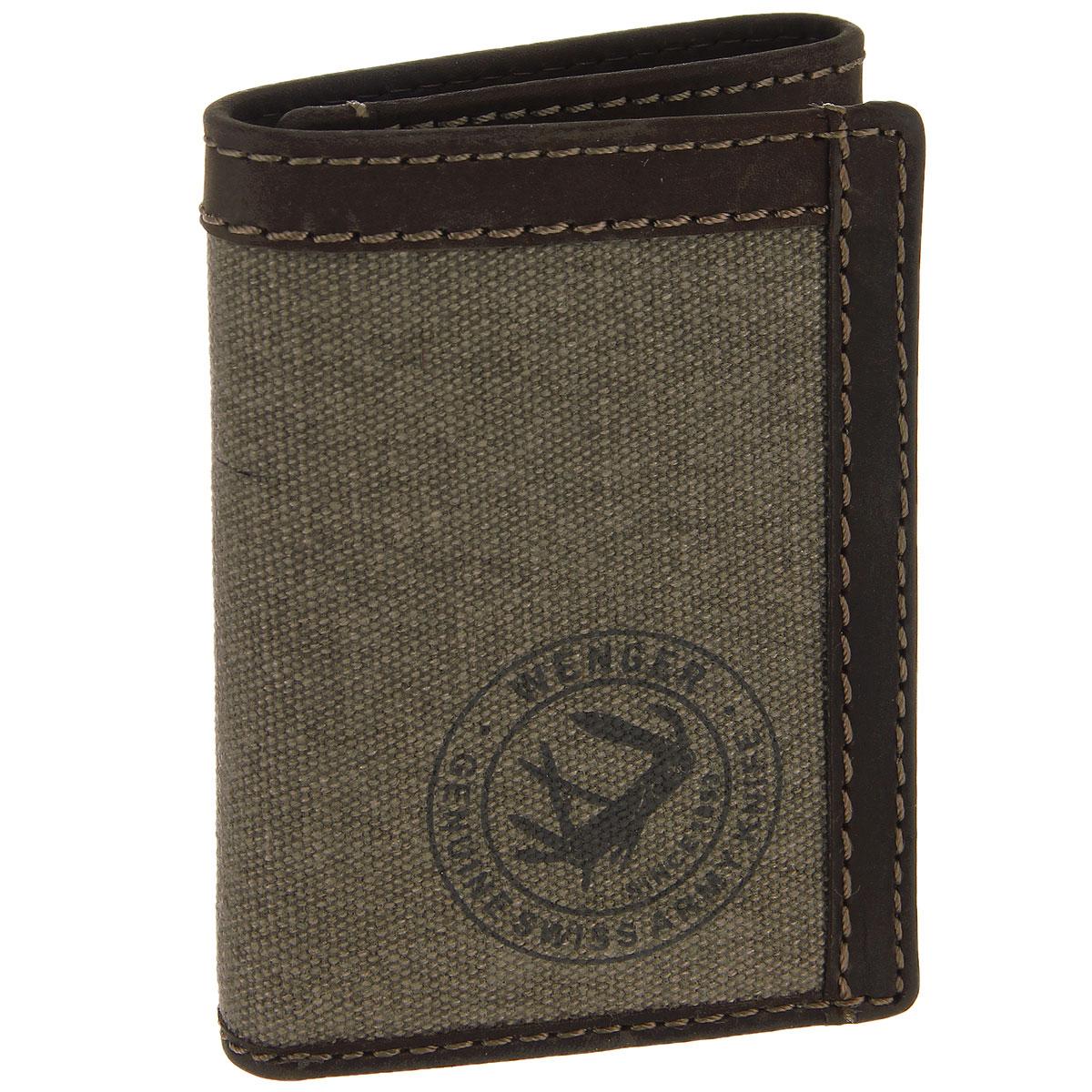 Портмоне мужское Wenger, цвет: коричневый. W19-08W19-08BROWNТрендовое мужское портмоне Wenger изготовлено из натуральной кожи и текстиля, оформлено светлой прострочкой, а также логотипом бренда на лицевой стороне. Внутри - одно отделение для купюр, два боковых кармана, карман с окошком из прозрачного пластика и шесть прорезей для визиток и кредитных карт. Внутренняя поверхность портмоне отделана твилом с узором гусиная лапка. Изделие упаковано в фирменную коробку. Модное портмоне Wenger займет достойное место среди вашей коллекции аксессуаров. По всем вопросам гарантийного и постгарантийного обслуживания рюкзаков, чемоданов, спортивных и кожаных сумок, а также портмоне марок Wenger и SwissGear вы можете обратиться в сервис-центр, расположенный по адресу: г. Москва, Саввинская набережная, д.3. Тел: (495) 788-39-96, (499) 248-56-56, ежедневно с 9:00 до 21:00. Подробные условия гарантийного обслуживания приведены в гарантийном талоне, поставляемым в комплекте с каждым изделием. Бесплатный ремонт изделий...
