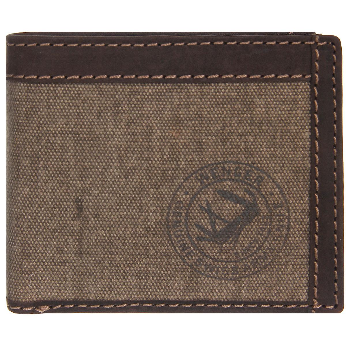 Портмоне мужское Wenger, цвет: коричневый. W19-05W19-05BROWNТрендовое мужское портмоне Wenger изготовлено из натуральной кожи и текстиля и оформлено светлой прострочкой, а также логотипом бренда на лицевой стороне. Внутри - два отделения для купюр, отсек для мелочи на кнопке, врезной карман на застежке-молнии и два боковых кармана. Откидной блок, закрывающийся хлястиком на кнопку, содержит девять прорезей для визиток и кредитных карт и два кармана с окошком из прозрачного пластика. Внутренняя поверхность портмоне отделана твилом с узором гусиная лапка. Портмоне упаковано в фирменную коробку. Модное портмоне Wenger займет достойное место среди вашей коллекции аксессуаров. По всем вопросам гарантийного и постгарантийного обслуживания рюкзаков, чемоданов, спортивных и кожаных сумок, а также портмоне марок Wenger и SwissGear вы можете обратиться в сервис-центр, расположенный по адресу: г. Москва, Саввинская набережная, д.3. Тел: (495) 788-39-96, (499) 248-56-56, ежедневно с 9:00 до 21:00. Подробные...