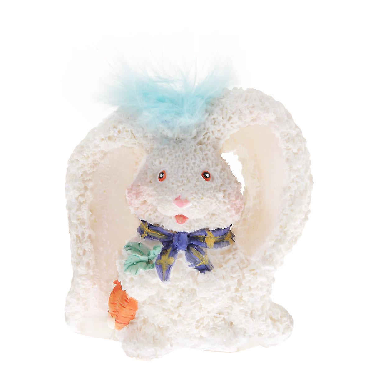 Декоративная статуэтка Home Queen Кролик-ушан, цвет: белый, голубой, высота 6,5 см57763Очаровательная статуэтка Home Queen Кролик-ушан станет оригинальным подарком для всех любителей стильных вещей. Она выполнена из полирезины и перьев, в виде кролика с большими ушами. Изысканный сувенир станет прекрасным дополнением к интерьеру. Вы можете поставить статуэтку в любом месте, где она будет удачно смотреться, и радовать глаз. Размер статуэтки: 6,5 см х 6 см х 5 см.