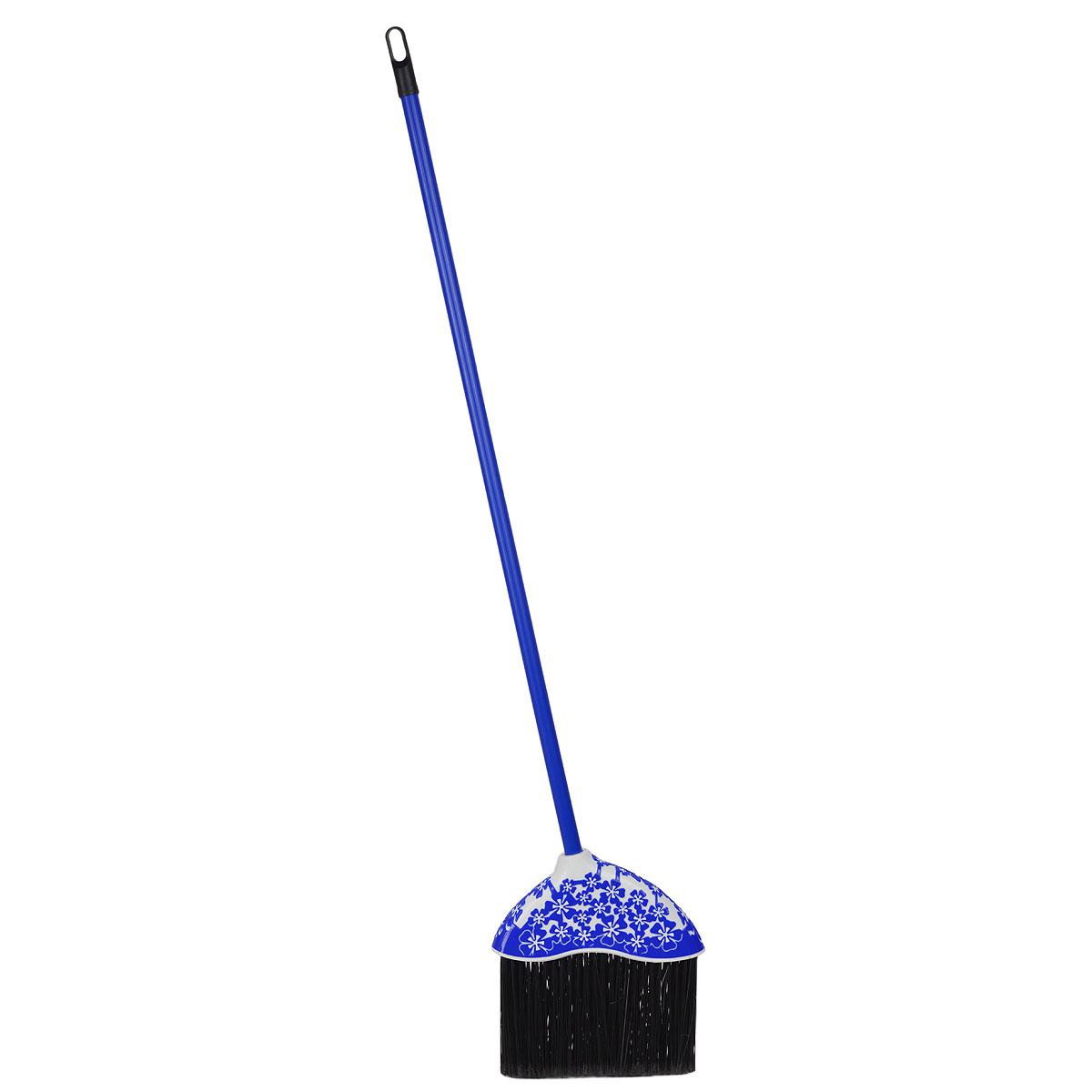 Веник Альтернатива Камелия, жесткий, цвет: синий, 123 смM3430Традиционный веник Альтернатива Камелия для подметания, выполненный из полипропилена. Оснащен длинным черенком из пластика. Рабочая часть украшена узорами. Черенок оснащен отверстием для подвешивания. Оригинальный, современный, удобный веник сделает уборку эффективнее и приятнее.