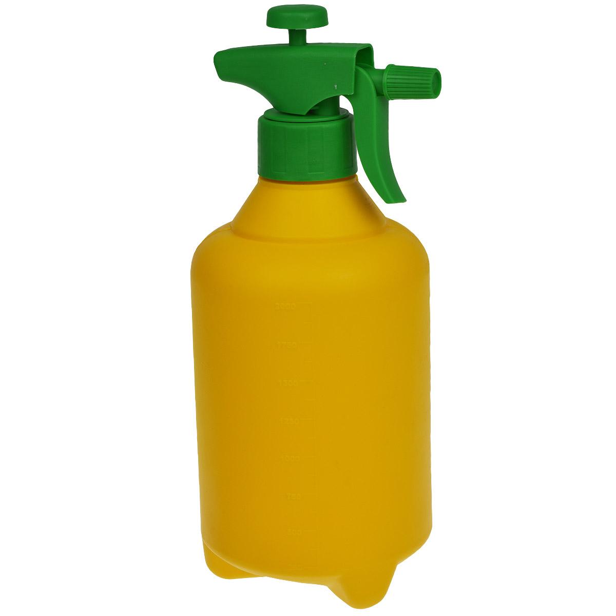 Опрыскиватель помповый Альтернатива, цвет: желтый, зеленый, 2 лM269Помповый опрыскиватель Альтернатива предназначен не только для опрыскивания средствами защиты растений и жидкими удобрениями, но и для побелки известью деревьев. Опрыскиватель легок в использовании. При нажатии на специальный рычаг раствор распыляется. Такой опрыскиватель станет незаменимым помощником на вашем садовом участке.