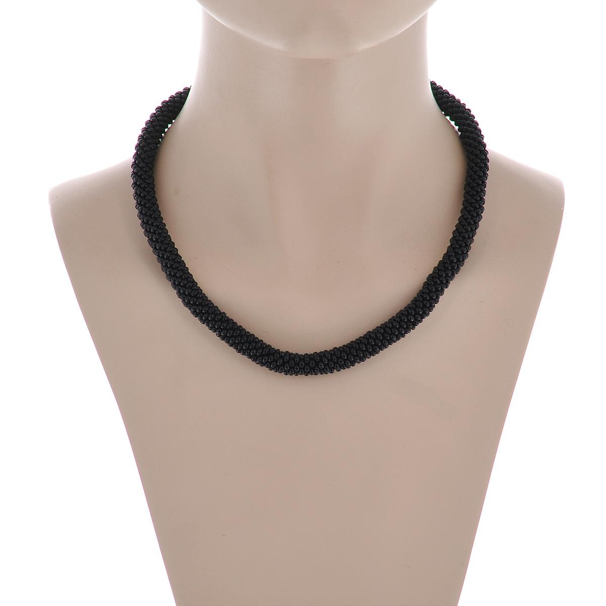 Бусы-шнур Черные. Бисер, ручная работаШ2ЧШнур связан крючком из бисера, очень прочный, мягкий, эластичный.