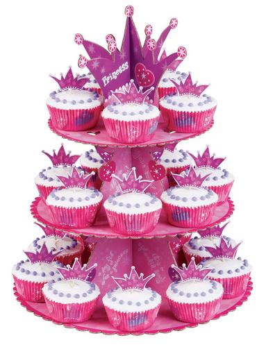 Подставка для кексов Wilton Принцесса, с бумажными формами, с украшениями, 49 предметовWLT-1510-1008Трехуровневая сборная подставка для кексов Wilton Принцесса изготовлена из картона и декорирована яркими изображениями сердечек, звездочек. Конструкция размещается на 4 устойчивых ножках. Изделие можно использовать на вечеринках и детских праздниках как красивое оформление кондитерских изделий, вмещает до 24 кексов. В наборе - 24 бумажных формы для кексов и 24 украшения на палочке. Яркая и красочная подставка Wilton обязательно придется по вкусу вашей маленькой принцессе!