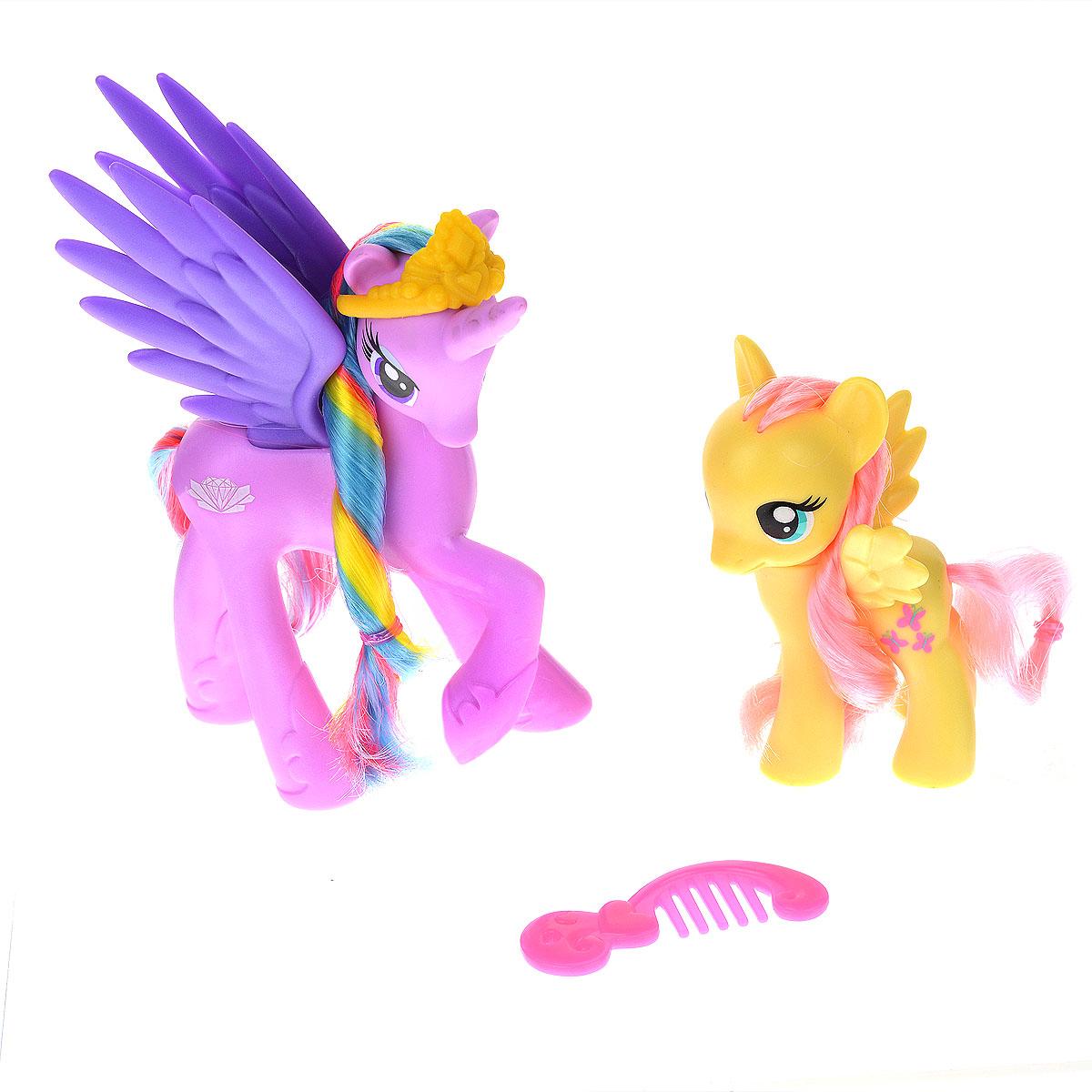My Little Pony Игровой набор Принцессы-пони Sterling & FluttershyB3602EU4_А9882FluttershyЯркий игровой набор My Little Pony Принцессы-пони Sterling & Fluttershy привлечет внимание вашей малышки и не позволит ей скучать. Набор выполнен из безопасного пластика ярких цветов и состоит из двух фигурок пони, выполненных в виде принцесс Стерлинг и Флаттершай, и двух аксессуаров для игры с ними: гребешка и диадемы. У принцесс-пони большие выразительные глазки и длинные гривы и хвосты, которые малышка сможет расчесывать с помощью гребешка. Головки фигурок подвижны. Ваш ребенок будет часами играть с набором, придумывая различные истории. Порадуйте ее таким замечательным подарком!