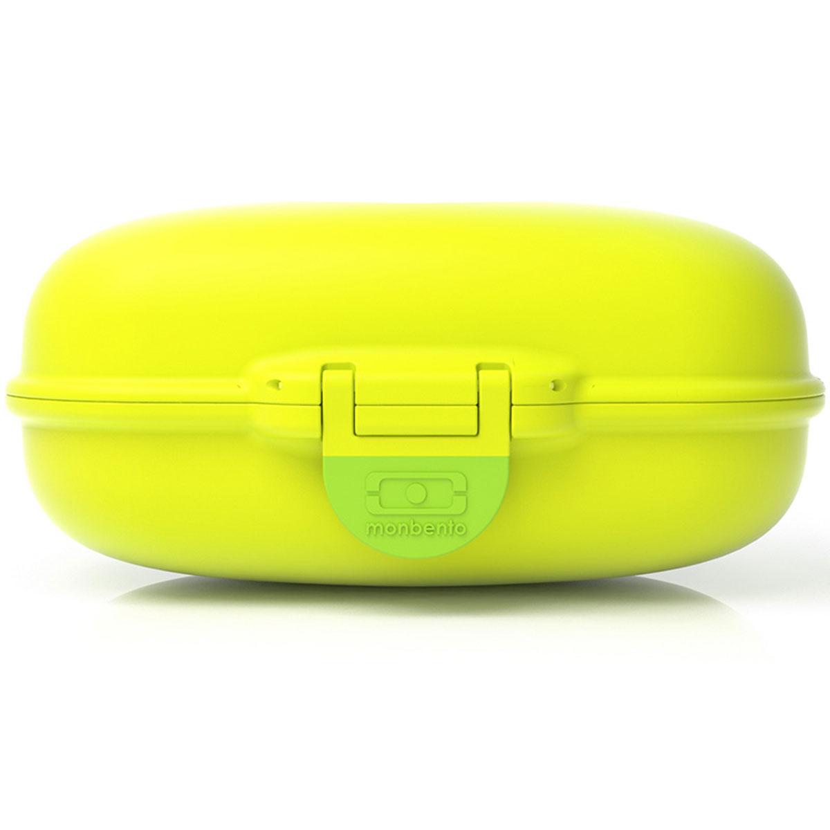 Ланчбокс Monbento Gram, цвет: киви, 600 мл3000 02 055Ланчбокс Monbento Gram изготовлен из высококачественного пищевого пластика. Предназначен для хранения и переноски пищевых продуктов. Ланчбокс плотно закрывается на защелку. Компактные размеры позволят хранить его в любой сумке. Ланчбокс удобно взять с собой на работу, отдых, в поездку. Теперь любимая домашняя еда всегда будет под рукой, а яркий дизайн поднимет настроение и подарит заряд позитива.