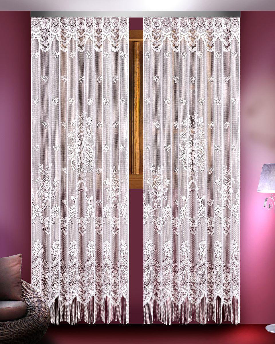 Гардина Zlata Korunka, цвет: белый, высота 250 см, 2 шт. 8882688826Гардины Zlata Korunka великолепно украсят любое окно в гостиной, спальне или на кухне. В комплекте 2 гардины, выполненные из полиэстера и украшенные красивым цветочным узором. Нижняя часть изделий оформлена бахромой, что придает гардинам особый стиль и шарм. Тонкое плетение, нежная цветовая гамма и роскошное исполнение - все это делает гардины Zlata Korunka замечательным дополнением интерьера комнаты в классическом стиле. В комплект входит: Гардина - 2 шт. Размер (ШхВ): 165 см х 250 см.