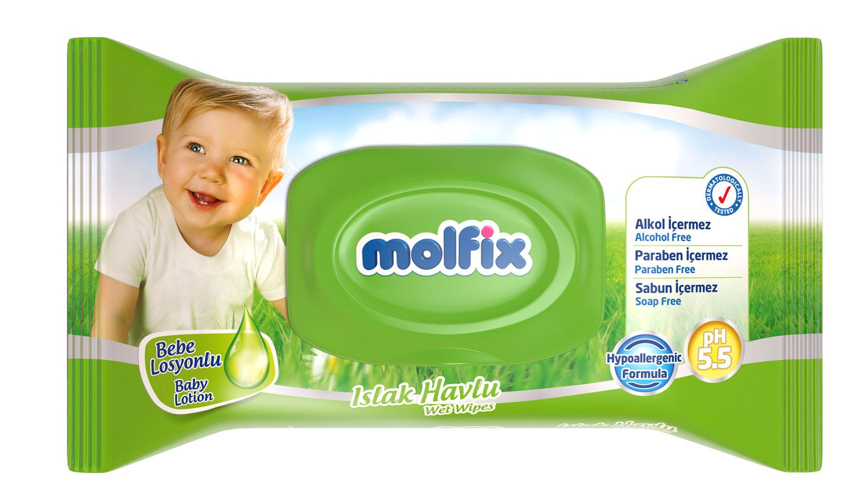 Molfix Влажные детские салфетки, с лосьоном, 63 шт15595Особенности: • Нежно очищают чувствительную кожу малыша благодаря мягкой текстуре; • Влажные детские салфетки Molfix могут использоваться для очищения ручек, лица, тела и попки малышей; • Не содержат спирта, парабенов и красителей; • Дерматологически протестированы; • Уровень pH 5,5 ; • Произведены в гигиенических условиях, без доступа человеческого труда. Товар сертифицирован. Специальный клапан на упаковке с салфетками, не позволит им высохнуть, и делает их применение многократным.