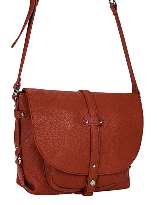 Сумка женская Palio, цвет: коричневый. 10666E10666E_КоричневыйСтильная женская сумка Palio изготовлена из натуральной кожи и украшена декоративными ремешками. Сумка закрывается на застежку-молнию и дополнительно клапаном на магнитную кнопку. Внутри - одно отделение, в котором имеется втачной карман на застежке-молнии и два накладных кармашка для мобильного телефона, мелочей. Под клапаном - накладной карман. На лицевой задней стороне - втачной карман на застежку-молнию. Модель имеет одну регулируемую ручку-ремень. Длинная ручка дополнена металлическим кольцом. В комплекте чехол для хранения. Роскошная сумка внесет элегантные нотки в ваш образ и подчеркнет ваше отменное чувство стиля.