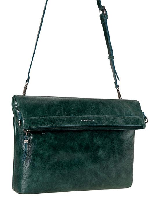 Сумка женская Pimobetti, цвет: зеленый. 13557B113557B1_ЗеленыйЖенская сумка PimoBetti выполнена из натуральной матовой кожи. Внутри - одно отделение, в котором имеется вшитый карман на застежке-молнии, два накладных кармашка для телефона, мелочей и один накладной карман на кнопке. Внешняя сторона сумки дополнена двумя втачными карманами на застежках-молниях. Модель имеет одну ручку-ремень, регулируемой длины. К сумке прилагается текстильный чехол для хранения. Такая стильная и в то же время, элегантная сумка - станет идеальным дополнением к вашему образу!