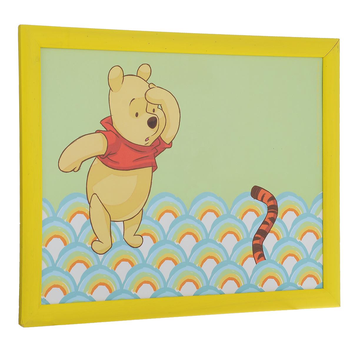 Столик-поднос Disney Винни и его друзья, с подушкой, цвет: салатовый, желтый, 44 см х 34 см х 8 см61240Столик-поднос Disney Винни и его друзья удобен для приема пищи и работы с ноутбуком. Столик изготовлен из высококачественного полипропилена в деревянной рамке. Изделие имеет мягкое основание в виде подушки, изготовленной из полиэстера и хлопка. Основание наполнено крупными шариками пенопласта. Столик- поднос декорирован изображением Винни-Пуха. Подушка столика принимает форму поверхности и его удобно ставить на колени или диван.