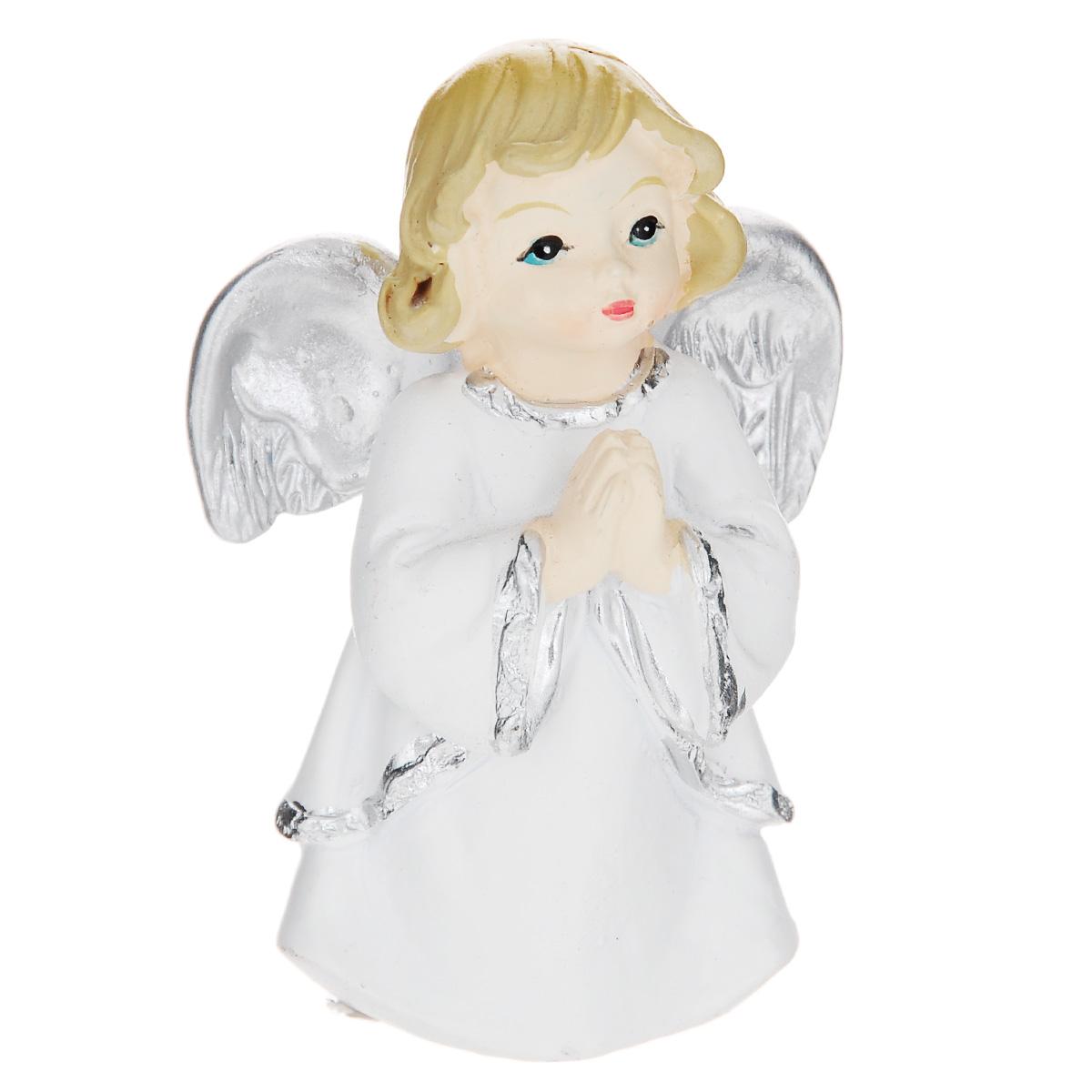 Фигурка декоративная Home Queen Будь моим, высота 7 см66574Декоративная фигурка Home Queen Будь моим изготовлена из керамики в виде ангелочка. Изделие упаковано в подарочную картонную сумочку. Такая фигурка станет милым приятным сувениром и порадует получателя.