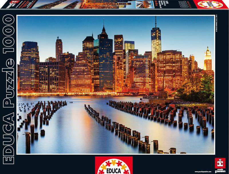 Город небоскребов. Пазл, 1000 элементов16290Пазл Educa Город небоскребов непременно придется по душе вам и вашему ребенку. Собрав этот пазл, включающий в себя 1000 элементов, вы получите оригинальный постер с изображением ночного города. Пазл выполнен из высококачественных материалов, что обеспечивает идеальное прилегание деталей. Кроме того, после сборки вы сможете склеить части мозаики. Клей FixPuzzle в комплекте. Компания Educa имеет уникальный сервис: бесплатная доставка в любую точку мира потерянной детали. Пазл - великолепная игра для семейного досуга. Сегодня собирание пазлов стало особенно популярным, главным образом, благодаря своей многообразной тематике, способной удовлетворить самый взыскательный вкус. А для детей это не только интересно, но и полезно. Собирание пазла развивает мелкую моторику у ребенка, тренирует наблюдательность, логическое мышление, знакомит с окружающим миром, с цветом и разнообразными формами.