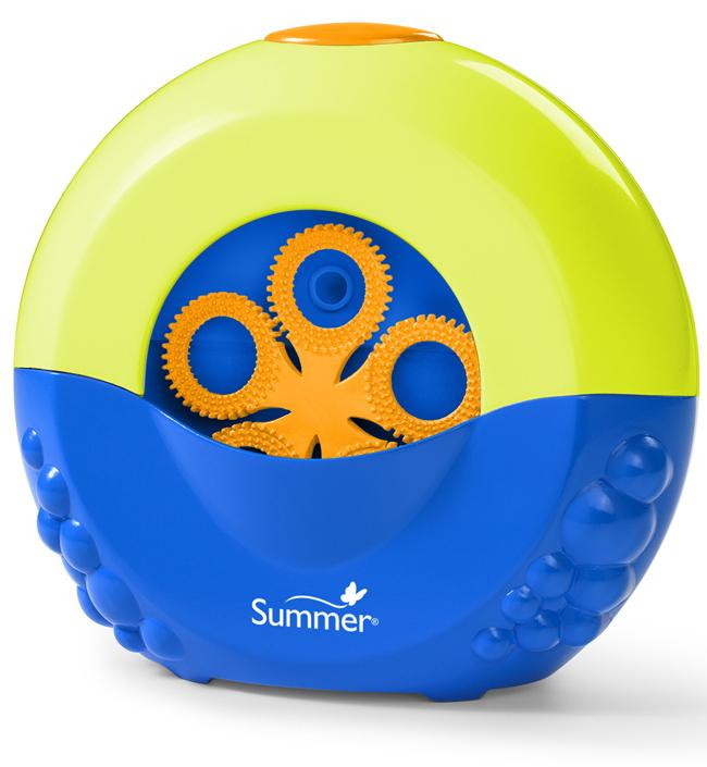 Игрушка для выдувания мыльных пузырей Summer Bubble Maker19000Все дети обожают пускать мыльные пузыри, а с игрушкой для пускания мыльных пузырей Bubble Maker это будет еще интереснее, при этом купание в ванной для вашего малыша превратится в веселую увлекательную игру! Налейте в резервуар игрушки жидкость для мыльных пузырей, с помощью присоски закрепите ее в любой части ванной. После нажатия на кнопку, расположенную сверху, игрушка будет пускать множество красочных пузырей, которые будут переливаться всеми цветами радуги и парить в воздухе, радуя вашего малыша. Порадуйте вашего ребенка таким замечательным подарком! Необходимо докупить 2 батарейки напряжением 1,5V типа AA (не входят в комплект).