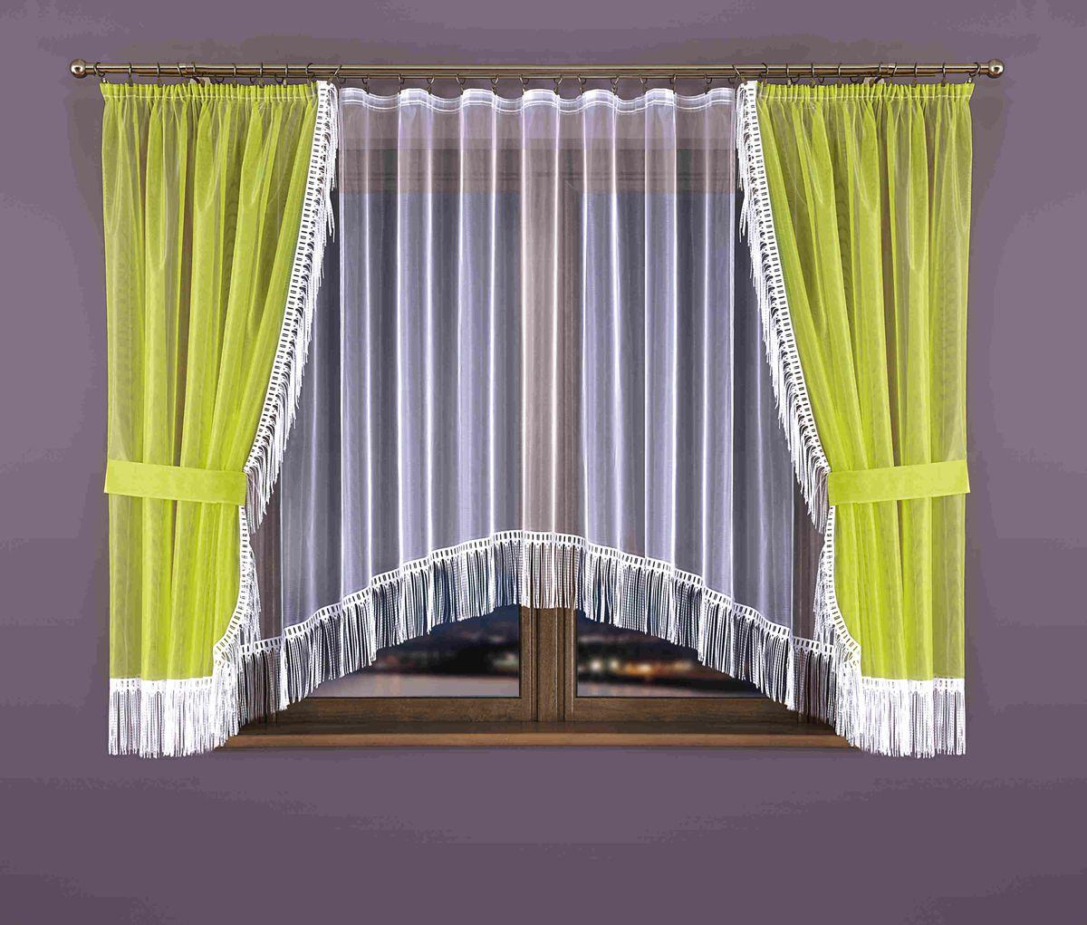 Комплект штор для кухни Wisan Zyta, на ленте, цвет: белый, салатовый, высота 170 см265WКомплект штор для кухни Wisan Zyta, выполненный из полиэстера, великолепно украсит окно. В комплект входят 2 шторы, тюль и 2 подхвата. Бахрома придает комплекту особый стиль и шарм. Тонкое плетение, нежная цветовая гамма и роскошное исполнение - все это делает шторы Wisan Zyta замечательным дополнением интерьера кухни. Шторы оснащены шторной лентой для красивой сборки, а также двумя подхватами. В комплект входит: Штора - 2 шт. Размер (ШхВ): 150 см х 170 см. Тюль - 1 шт. Размер (ШхВ): 300 см х 170 см. Подхват - 2 шт.