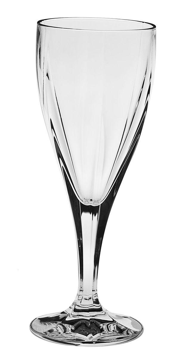 Набор рюмок для вина Crystal Bohemia, 170 мл, 6 шт990/10900/0/44600/170-609Набор Crystal Bohemia состоит из шести рюмок на ножках. Изделия выполнены из хрусталя. Граненые предметы набора имеют прозрачную поверхность. Они излучают приятный блеск и издают мелодичный звон. Набор предназначен для вина. Набор для вина Crystal Bohemia прекрасно оформит интерьер кабинета или гостиной и станет отличным дополнением бара. Такой набор также станет хорошим подарком к любому случаю. Диаметр рюмки (по верхнему краю): 6,5 см. Высота рюмки: 18,5 см. Объем рюмки: 170 мл.