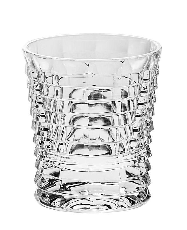 Набор стаканов Crystal Bohemia, 300 мл, 6 шт990/24530/0/47600/300-609Набор Crystal Bohemia состоит из шести стаканов. Изделия выполнены из хрусталя. Предметы набора имеют прозрачную поверхность и декорированы рельефным рисунком. Они излучают приятный блеск и издают мелодичный звон. Набор предназначен для напитков. Набор Crystal Bohemia прекрасно оформит интерьер кабинета или гостиной и станет отличным дополнением бара. Такой набор также станет хорошим подарком к любому случаю.