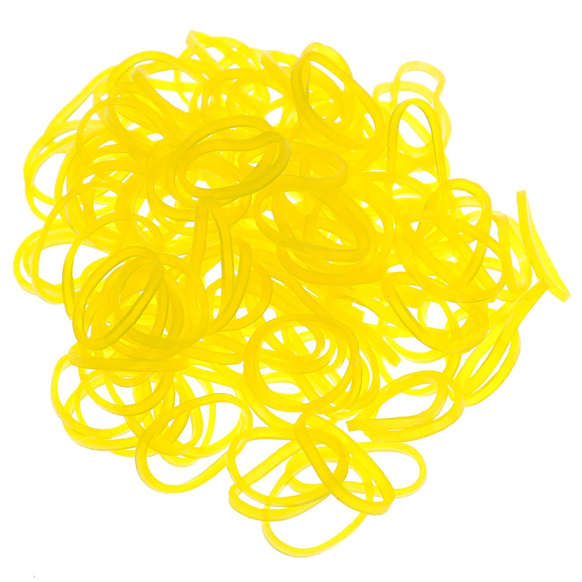 Резиночки безлатексные Rainbow Loom Jelly, с клипсами, цвет: желтый, 600 штB0058-2014-09Уникальные гелевые резиночки Rainbow Loom Jelly для плетения браслетов понравятся всем юным рукодельницам. Самый популярный в мире способ плетения украшений и аксессуаров станет занимательным и очень полезным времяпрепровождением. Резиночки, изготовленные из резины, хорошо тянутся, позволяя плести разнообразные узоры. Плетение выполняется руками или крючком. Концы готового браслета удобно соединять специальной клипсой. В комплект входят 600 резиночек и 24 с-клипсы. Процесс плетения с резиночками Rainbow Loom развивает творческие способности детей, помогает самовыражению и созданию уникальных творений своими руками.
