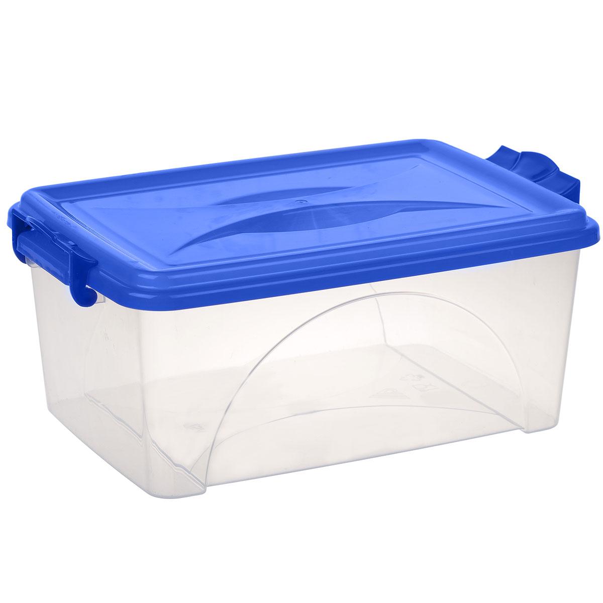 Контейнер Альтернатива, цвет: синий, 7,5 лМ428Контейнер Альтернатива выполнен из прочного пластика. Он предназначен для хранения различных мелких вещей. Крышка легко открывается и плотно закрывается. Прозрачные стенки позволяют видеть содержимое. По бокам предусмотрены две удобные ручки, с помощью которых контейнер закрывается. Контейнер поможет хранить все в одном месте, а также защитить вещи от пыли, грязи и влаги.