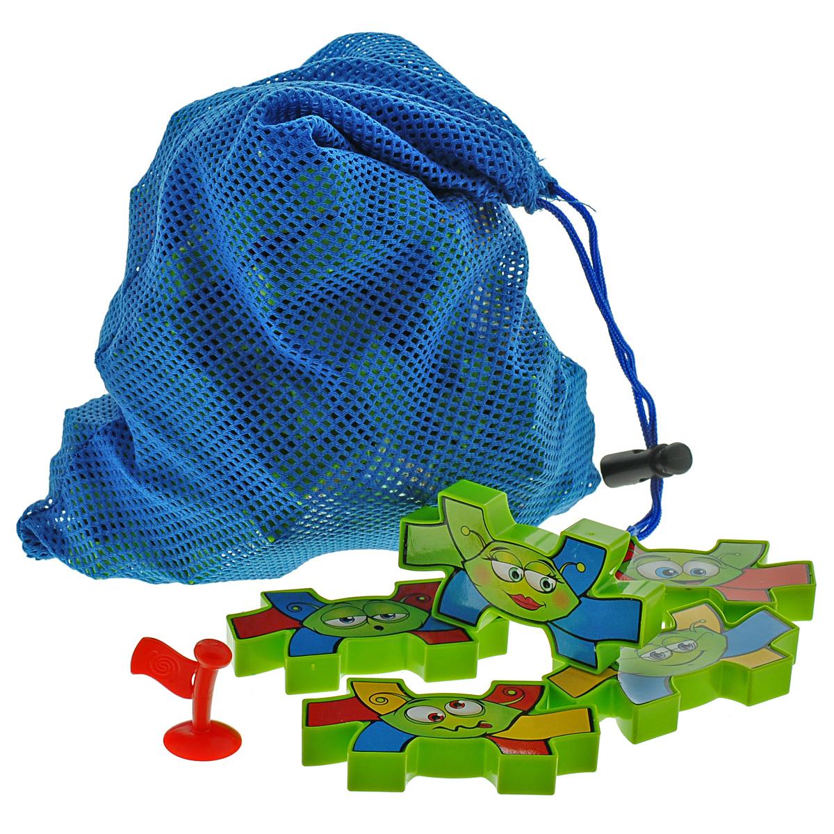 Настольная игра Thinkfun Муравьиная тропинка5980-RUНастольная игра Thinkfun Муравьиная тропинка соберет за одним столом всю семью и порадует как детей, так и взрослых. В набор входят: 40 фишек-муравьев, флажок, мешочек для транспортировки и хранения и правила игры на русском языке. Муравьиная тропинка - это настоящее шестиногое домино! Выкладывайте фишки на игровое поле по принципу домино, выстраивая муравьиную тропинку. Постарайтесь соединить как можно больше ножек одного цвета. Побеждает тот игрок, который первым избавился от всех фишек на руках. Игра рассчитана на компанию из 2-6 игроков - вместе веселее! Она поможет эмоциональному развитию ребенка, а также поспособствует развитию внимательности, мелкой моторику и стратегического мышления.