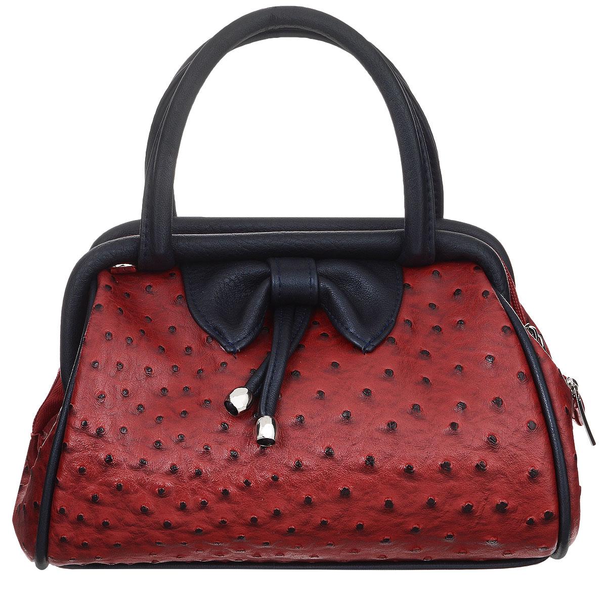 Сумка женская Zemsa, цвет: красный, черный. 5-2125-212Изысканная женская сумка Zemsa изготовлена из искусственной кожи, спереди оригинальный бант. Изделие закрывается на удобную застежку-молнию. Внутри - одно вместительное отделение, несколько накладных карманчиков для мелочей, телефона и врезной карманчик на застежке-молнии. Роскошная сумка внесет элегантные нотки в ваш образ и подчеркнет ваше отменное чувство стиля.