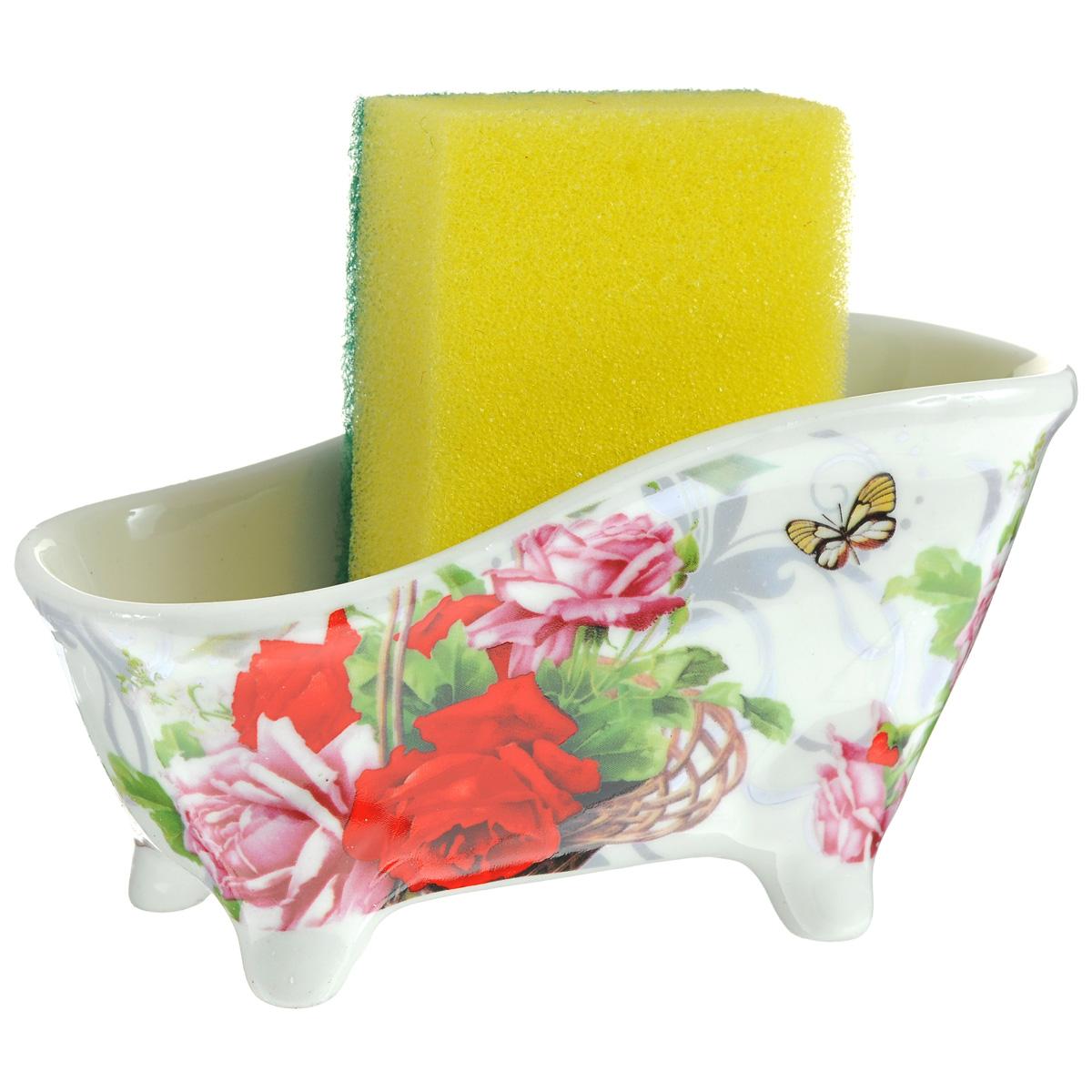 Набор для мытья посуды Besko Корзина роз, 2 предмета. 532-156532-156Набор для мытья посуды Besko Корзина роз состоит из подставки и губки. Подставка выполнена из фарфора в виде ванночки на четырех ножках. Губка идеально впитывает влагу и деликатно очищает поверхность, не царапая ее.