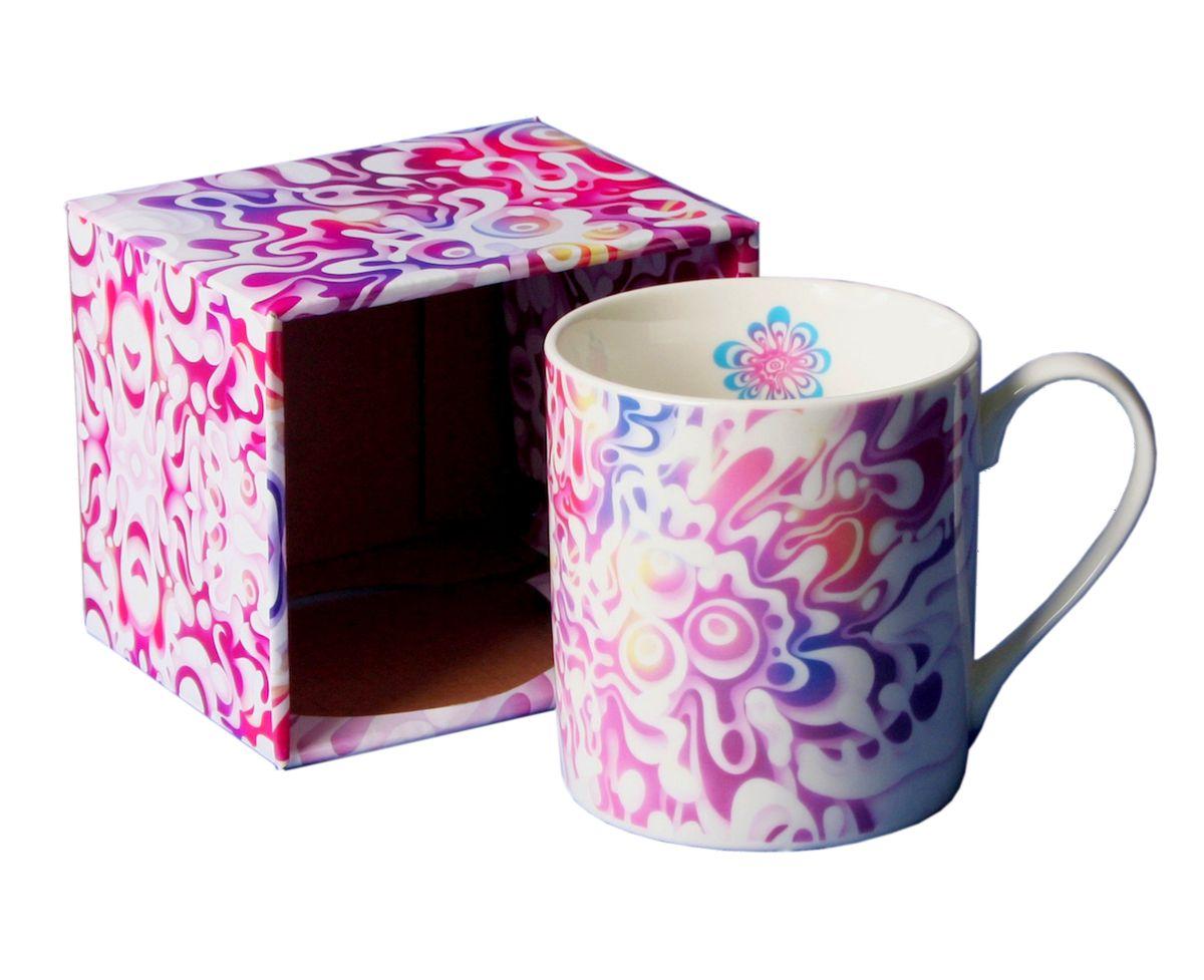 Кружка GiftLand Jam, 400 млM013 JamКружка GiftLand Jam изготовлена из костяного фарфора и оформлена красочным изображением. Оригинальная кружка порадует вас ярким дизайном и станет неизменным атрибутом чаепития. Прекрасно подойдет в качестве сувенира. Изделие пригодно для использования в посудомоечной машине и микроволновой печи. Диаметр кружки: 8,5 см. Высота: 9 см. Объем: 400 мл.