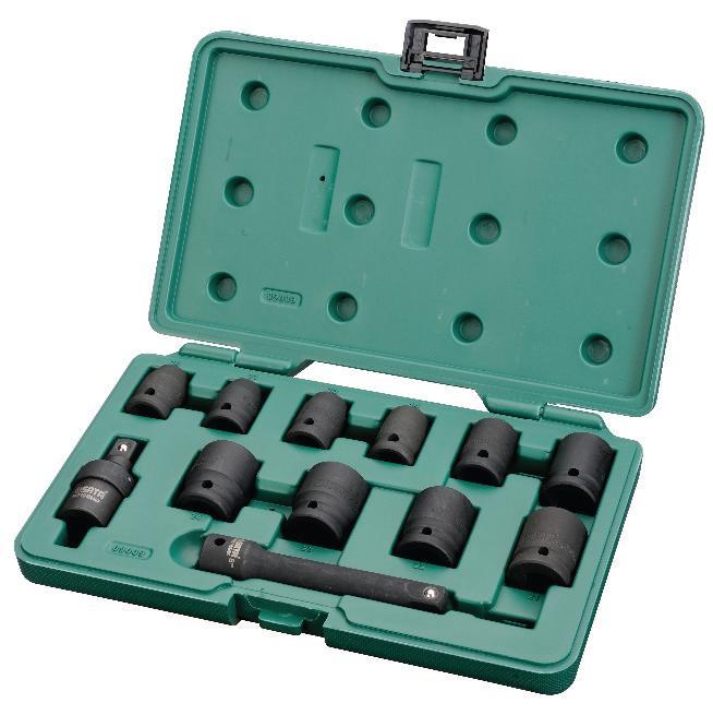 Набор торцевых головок SATA 12пр. 0900909009Набор ударных головок Sata используется с пневматическим инструментом монтажа и демонтажа крепежа колесных дисков. Инструменты изготовлены из хром-молибденовой стали, что обеспечивает им долгий срок службы. В комплекте пластиковый кейс для хранения и переноски. Состав набора: Метрические шестигранные торцевые головки: 10 мм, 11 мм, 13 мм, 14 мм, 17 мм, 19 мм, 21 мм, 22 мм, 23 мм, 24 мм. Ударный карданный шарнир. Ударный отклоняемый удлинитель длиной 5 дюймов.