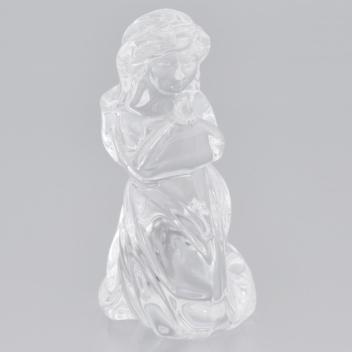 Фигурка декоративная Crystal Bohemia Ангел, высота 8 см990/74853/0/58900/074-109Фигурка Crystal Bohemia Ангел изготовлена из высококачественного хрусталя. Фигурка выполнена в виде ангела и сочетает в себе изысканный дизайн и лаконичность. Она прекрасно подойдет для декора интерьера дома или офиса и станет достойным дополнением к вашей коллекции. Вы можете поставить фигурку в любом месте, где она будет удачно смотреться и радовать глаз. Кроме того - это отличный вариант подарка для ваших близких и друзей. Высота: 8 см.