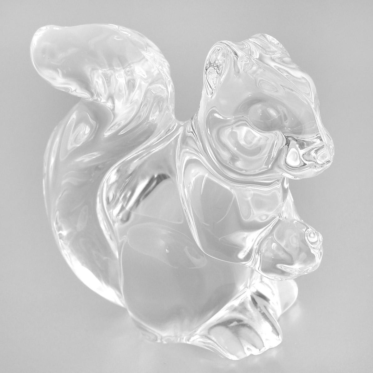 Фигурка декоративная Crystal Bohemia Белка, высота 8 см990/74815/0/58900/086-109Фигурка Crystal Bohemia Белка изготовлена из высококачественного хрусталя. Фигурка выполнена в виде белки и сочетает в себе изысканный дизайн и лаконичность. Она прекрасно подойдет для декора интерьера дома или офиса и станет достойным дополнением к вашей коллекции. Вы можете поставить фигурку в любом месте, где она будет удачно смотреться и радовать глаз. Кроме того - это отличный вариант подарка для ваших близких и друзей.