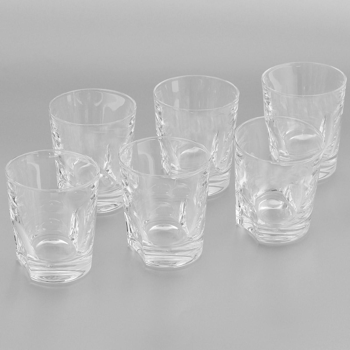 Набор стаканов Crystal Bohemia, 300 мл, 6 шт990/20200/0/37701/300-609Набор Crystal Bohemia состоит из шести стаканов. Изделия выполнены из прочного высококачественного хрусталя. Они излучают приятный блеск и издают мелодичный звон. Набор предназначен для подачи виски, бренди или коктейлей. Набор Crystal Bohemia прекрасно оформит интерьер кабинета или гостиной и станет отличным дополнением бара. Такой набор также станет хорошим подарком к любому случаю. Диаметр по верхнему краю: 8 см. Высота стакана: 9 см. Размер основания: 6,8 см х 5 см.