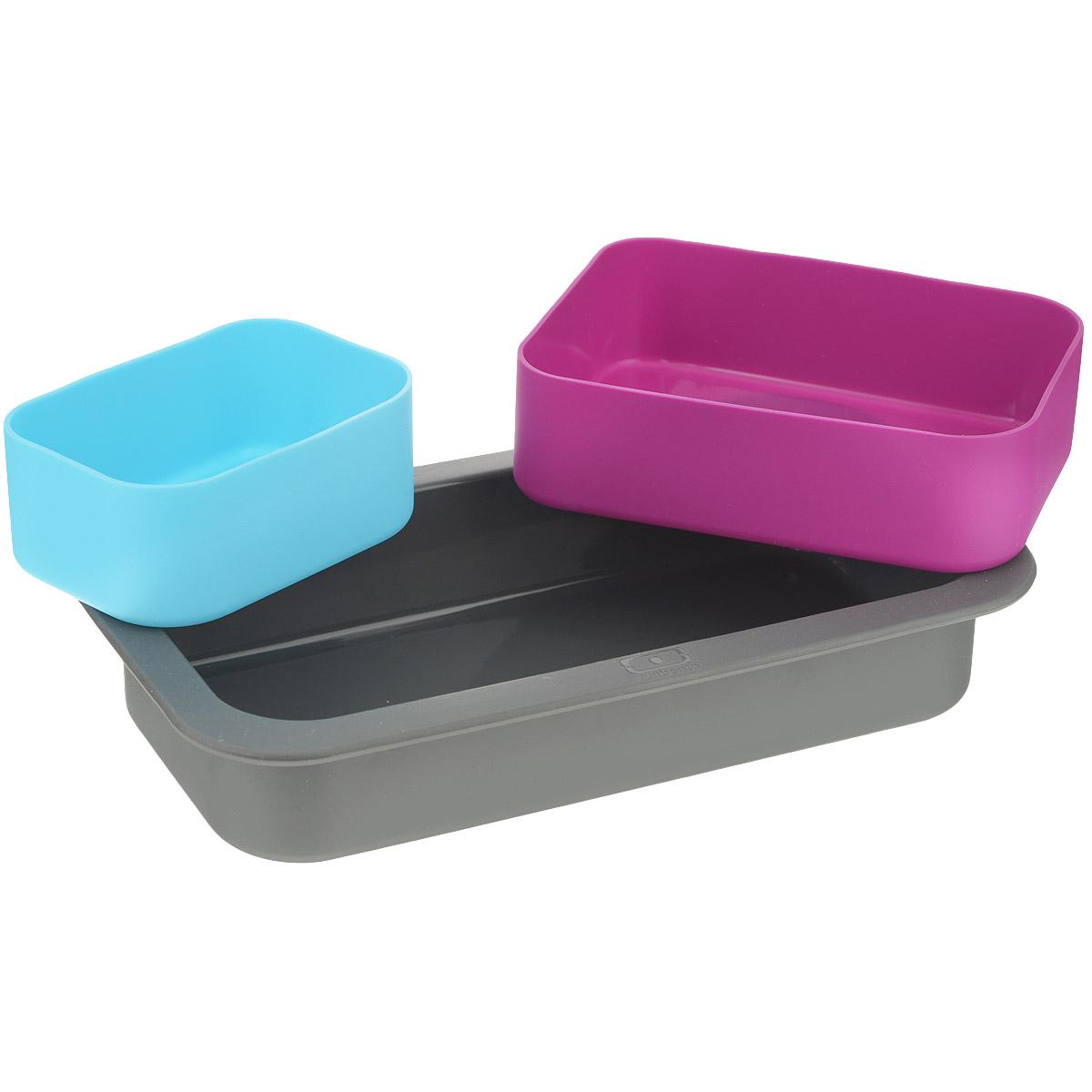 Набор форм для выпечки Monbento Original, цвет: серый, голубой, фуксия, 3 шт1009 00 000Набор форм для выпечки Monbento Original состоит из трех высококачественных силиконовых форм. Такой набор подходит для приготовления пирогов, желе, кексов, запеканок и других блюд. Изделия можно использовать как в духовке, так и в микроволновой печи, а также замораживать жидкость в морозильной камере. Форма выдерживает температуру от -40 до +240° С. Благодаря таким формам вы сможете взять приготовленное блюдо с собой на работу, так как по размеру ваша выпечка будет совпадать с ланч-боксами MB Single и MB Original. Объем большой формы: 450 мл. Объем средней формы: 300 мл. Объем маленькой формы: 150 мл. Размер большой формы: 18 х 9 х 3,5 см. Размер средней формы: 11,5 х 8,5 х 3,5 см. Размер маленькой формы: 8,5 х 5,5 х 3,5 см.