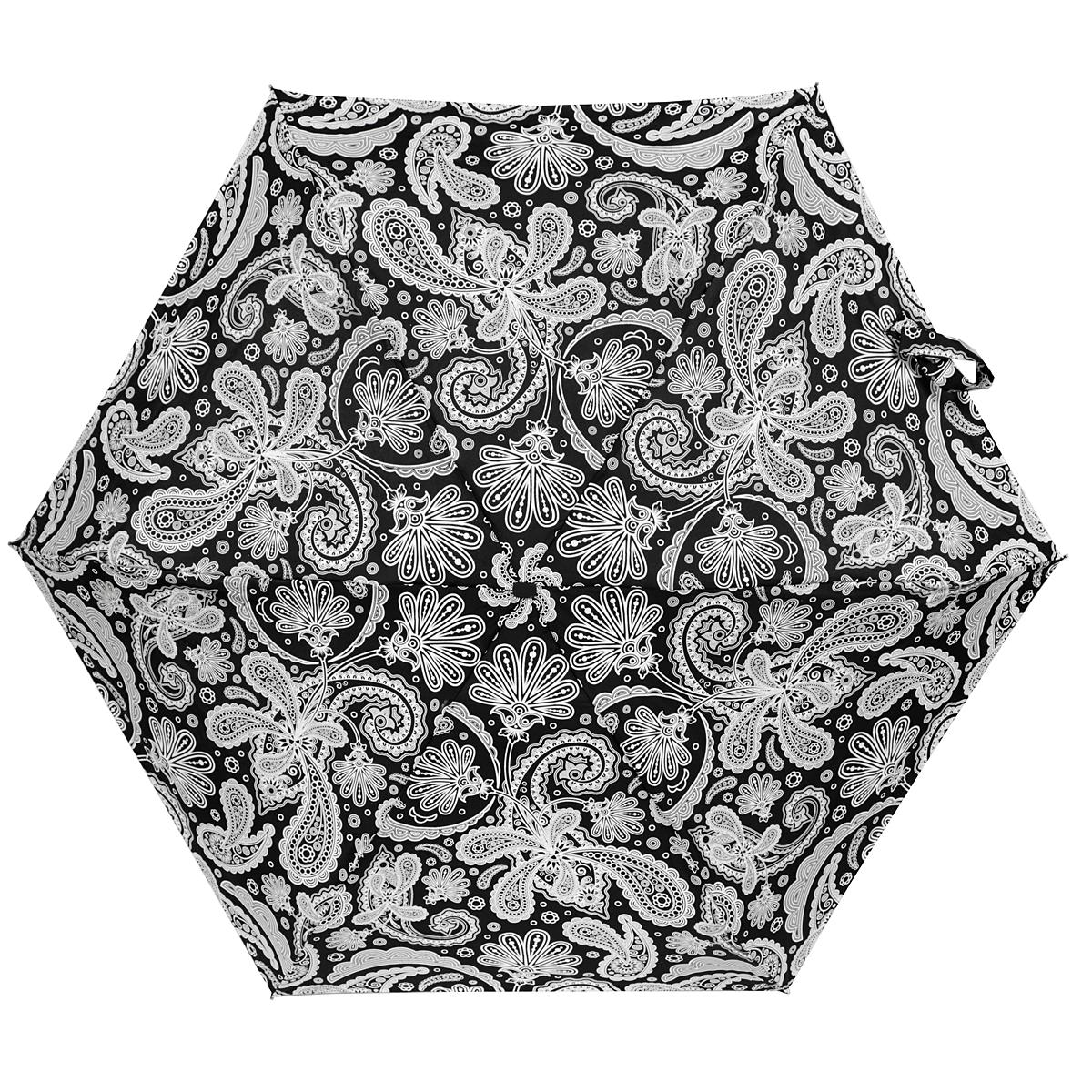 Зонт женский Zest, механический, 5 сложений, цвет: черный, белый. 25569-119125569-1191Прелестный механический зонт Zest в 5 сложений изготовлен из высокопрочных материалов. Каркас зонта состоит из 6 спиц и прочного алюминиевого стержня. Специальная система Windproof защищает его от поломок во время сильных порывов ветра. Купол зонта выполнен из прочного полиэстера с водоотталкивающей пропиткой и оформлен стильным орнаментом. Используемые высококачественные красители обеспечивают длительное сохранение свойств ткани купола. Рукоятка, разработанная с учетом требований эргономики, выполнена из пластика. Зонт механического сложения: купол открывается и закрывается вручную до характерного щелчка. Небольшой шнурок, расположенный на рукоятке, позволяет надеть изделие на руку при необходимости. Модель закрывается при помощи хлястика на застежку-липучку. К зонту прилагается чехол. Очаровательный зонт не только выручит вас в ненастную погоду, но и станет стильным аксессуаром, который прекрасно дополнит ваш модный образ.