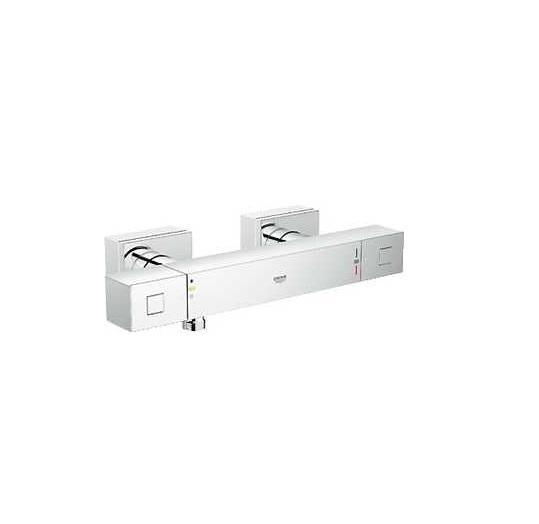 Термостатический смеситель для душа GROHE Grohtherm Cube (34488000)4005176940620GROHE Grohtherm Cube: безупречно точный и эстетически привлекательный душевой термостат Если Вам нравится строгий дизайн, основанный на четких линиях, выберите для оснащения своей ванной комнаты этот прогрессивный и точный термостат. За счет картриджа с технологией GROHE TurboStat он защитит Вас от неприятных колебаний температуры воды во время принятия душа. Его рукоятки кубической формы отличаются великолепной эргономикой и обеспечивают точность управления. Кольцевая шкала GROHE EasyLogic с четкими отметками на корпусе смесителя вместо рукояток делает процесс настройки температуры и напора воды простым и интуитивно понятным. Стопор SafeStop оберегает детей и взрослых от ошпаривания, а клавиша EcoButton позволяет с комфортом экономить воду по желанию. Благодаря сияющему хромированному покрытию GROHE StarLight, данное устройство сохранит свой ослепительный внешний вид на многие годы. Для поддержания его безупречной чистоты достаточно протирания сухой салфеткой. Особенности: ...