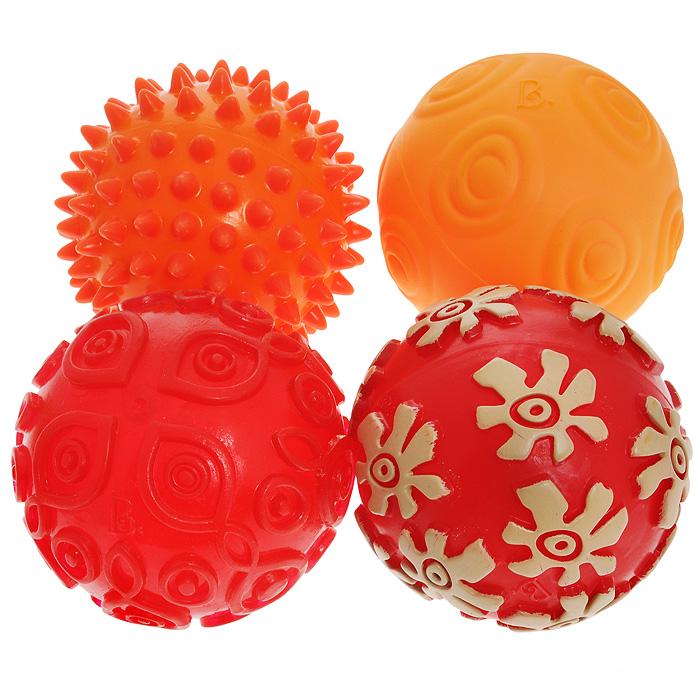 Игровой набор Battat Oddballs68649Игровой набор Battat Oddballs станет полезной и увлекательной игрой для самых маленьких. Набор включает в себя 4 разноцветных мячика с разной фактурой. Красочные мячики изготовлены из безопасного гибкого пластика, их можно кусать, грызть, катать, сжимать, но самое главное - с ними так весело играть! Яркие узоры и необычные формы привлекут внимание вашего малыша и сделают эти мячики его любимой игрушкой. Такие мячики надолго займут малыша, и позволят ему весело и с пользой провести время. Благодаря разной фактуре мячиков, ребенок будет развивать тактильное восприятие и мелкую моторику в веселой игровой форме. Порадуйте своего малыша таким замечательным подарком!