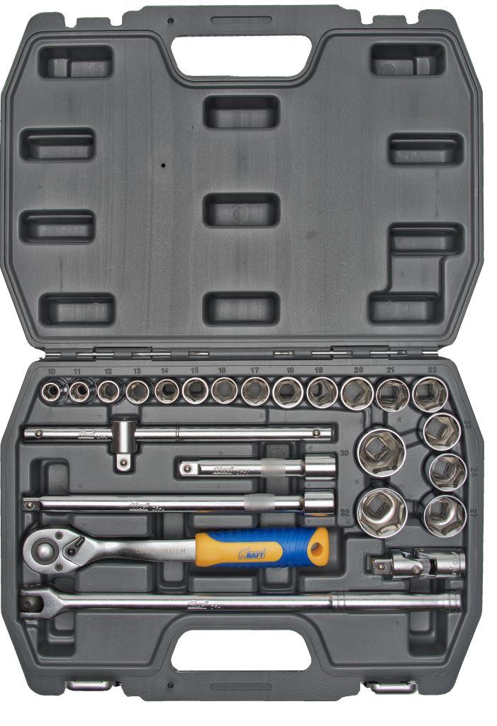 Набор инструментов Kraft Professional, 1/2, 25 предметовКТ 700301Набор торцевых головок и принадлежностей Kraft Professional из 25 предметов, позволяет производить слесарно-монтажные работы с крепежом в диапазоне размеров от 10 мм до 32 мм. Полнофункциональный набор принадлежностей для работы с приводом 1/2. Состав набора: головки торцевые шестигранные 1/2: 10 мм, 11 мм, 12 мм, 13 мм, 14 мм, 15 мм, 16 мм, 17 мм, 18 мм, 19 мм, 20 мм, 21 мм, 22 мм, 23 мм, 24 мм, 27 мм, 30 мм, 32 мм; кардан шарнирный 1/2; вороток Т-образный 1/2; переходник 3/8 (F) х 1/2 (М); вороток шарнирный 1/2: 360 мм; удлинители 1/2: 125 мм, 250 мм; рукоятка трещоточная с быстрым сбросом 1/2: 250 мм, 72 зубца. Элементы набора Kraft Professional изготовлены из хромованадиевой стали марки 50BV30 со специальным трехслойным покрытием, обеспечивающим долговременную защиту от механических повреждений.