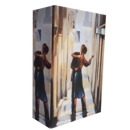 Декоративная шкатулка из МДФ Танцующая параарт. 37245 (17*11*5) арт.3724537245Декоративная шкатулка Феникс Танцующая пара 37245 для хранения ювелирных украшений не оставит равнодушной ни одну любительницу изысканных вещей. Она обладает удобным отделением для бижутерии. Данная модель выполнена из высококачественных материалов и имеет стильный дизайн.